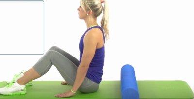 Aufrollen auf Gymnastikmatte Ausgangslage