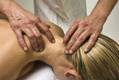 Massage bei Nackenverspannung